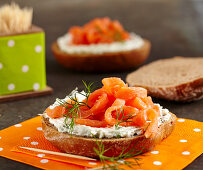 Rye bread with herb cream cheese and smoked salmon