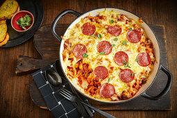 One-pot salami pizza pasta