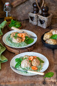 Meatballs from turkey with spinach cream and carrots