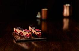 Chocolate slice with tonka beans and raspberry