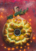 Brie brioche with fig chutney for Christmas