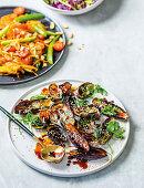 Gebratene Auberginen mit Sesam und Koriandergrün (Asien)