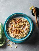 Creamy cinnamon quinoa porridge