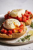 Greek ntacos with eggs and tomatoes