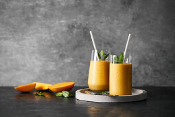 Mango superfood smoothie