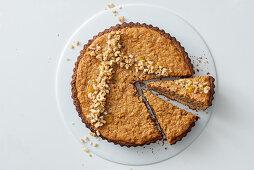 Walnut and honey tart