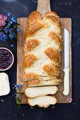 Vegan yeast braid with nib sugar