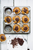 Vegan vanilla muffins with chocolate