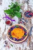 Saffron pie with berries