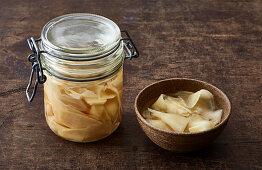 Pickled ginger for ramen bowls