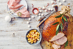 Caramel-glazed ham with pineapple salsa