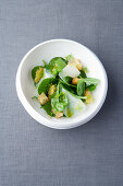Spinach and bread salad with fennel oil and mountain cheese