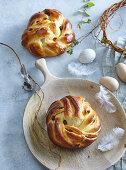 Yeast braided bun with raisins
