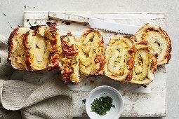 Cheesy garlic bread pull-apart