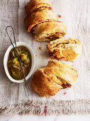 Caramelized onion and vintage cheddar poull-apart bread