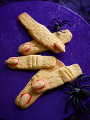 Witches' finger biscuits