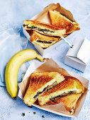 Creamy Mushroom and Brie Toasties