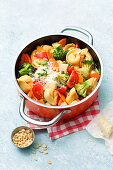 One-Pot-Tortellini with Vegetables and Parmesan (One Pot Pasta)