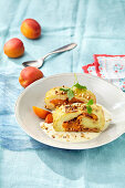 Sweet potato roll with caramelised apricots