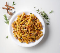 Rigatoni with a pork sauce