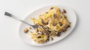Lasagne with mushrooms, chestnuts and light fish ragout
