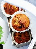 Apple raisin muffins
