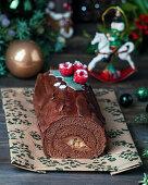 Yule log cake - Christmas Bûche de Noel