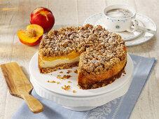 Cheesecake with peach and crispy crust