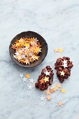 Edible paper stars as sprinkling decorations