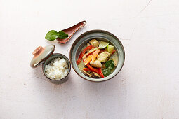 Green coconut curry with chicken and Thai aubergines