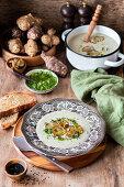 Jerusalem artichoke soup with pesto