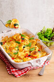 Baked Tortellini 'Tricolore' with zucchini and bell pepper