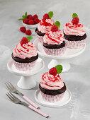 Chocolate-raspberry cupcakes