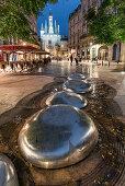 Brunnen, Place du Palais, Porte Cailhau, Bordeaux, Frankreich