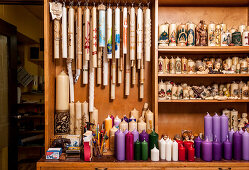 Kerzen, traditionelle Wachszieherei, Wachszieher, Kerzen-Produktion, Kerzen-Herstellung, München, Bayern, Deutschland, Europa