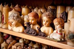 Wachsfiguren, traditionelle Wachszieherei, Wachszieher, Kerzen-Produktion, München, Bayern, Deutschland, Europa