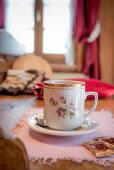 Teetasse, Wärme, Stube, Winter, Innenaufnahmen, Südtirol, Italien, Alpen, Europa