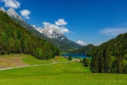 Hintersteinersee with panorama Kaisergebirge, Kaisergebirge, Tyrol, Austria