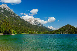 Hintersteinersee at the Wilder Kaiser with a panoramic view of the Kaiser Mountains, Kaiser Mountains, Tyrol, Austria