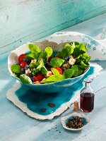 Lamb's lettuce with blueberries and sheep's cheese