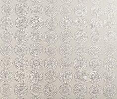 Rosettenartiges Tapetenmuster in Grautönen