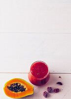 Papaya-Himbeer-Drink
