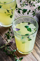 Lemonade with thyme