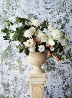 Strauß aus weißen Blumen