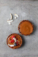 Vegane Schokoladen-Granola-Tartelettes