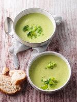 Gazpacho von grünem Gemüse