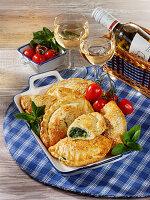 Kleine Ricotta-Spinat-Calzone