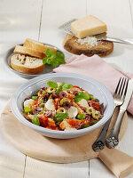 Sardisches Hühner-Frikassee mit Mozzarella und Oliven