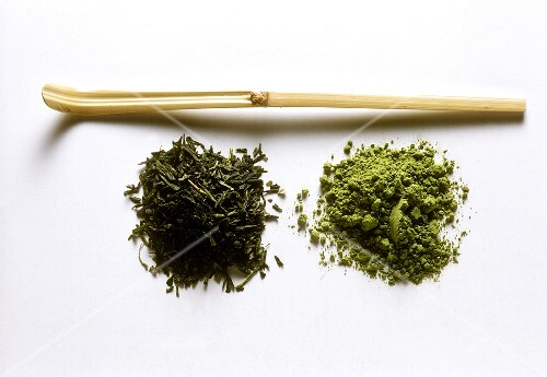 Green Tea Leaves with a Tea Diffusor