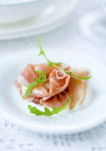 Prosciutto with rocket